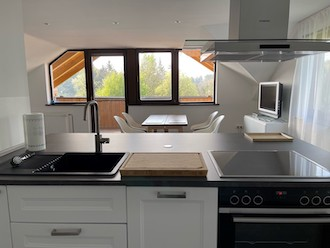 wohnung mit loggia. Black Bedroom Furniture Sets. Home Design Ideas